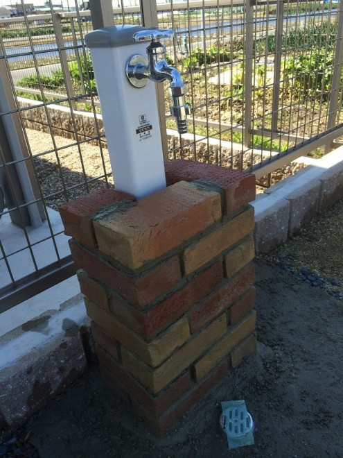 立水栓DIY レンガ