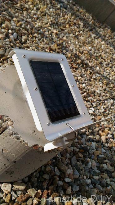 ガーデンシェッド 物置 DIY ソーラーライト 電気