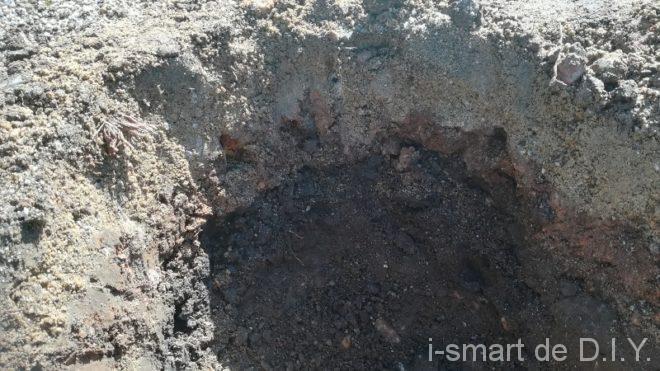 庭 穴掘り