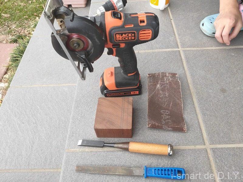 木工 スマホホルダー 道具