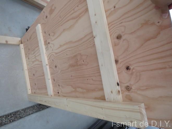 ガーデンシェッド 物置 DIY 壁