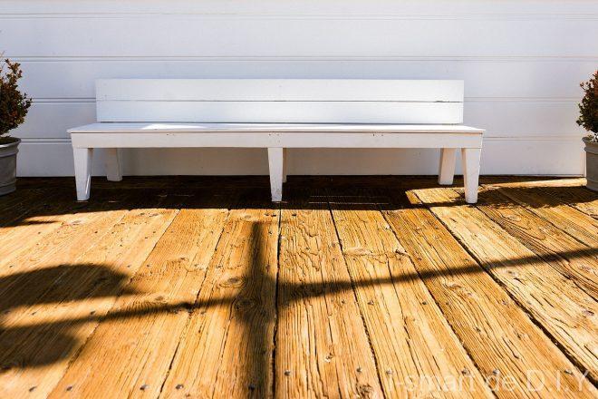 bench-677700_1280