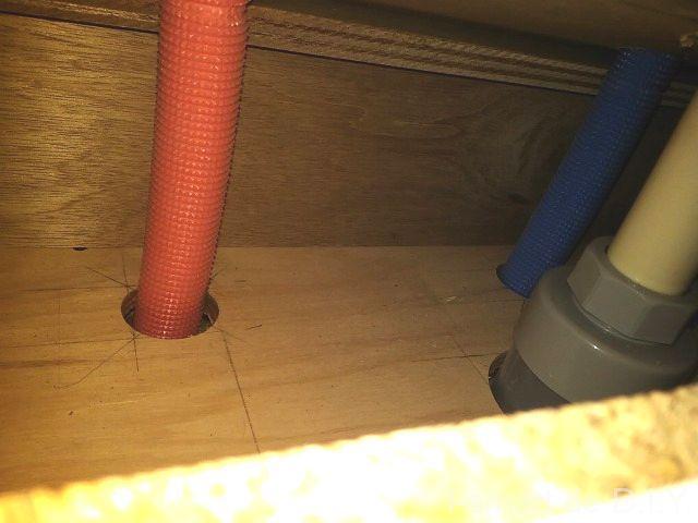 洗面台下 配管